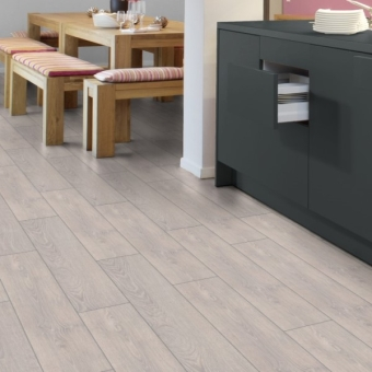 Capital Oak Light 12mm Kronotex Robusto Laminate Flooring